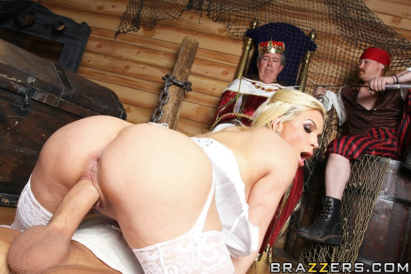 Pornstars Like It Big Diamond Foxxx Pirates On Deck