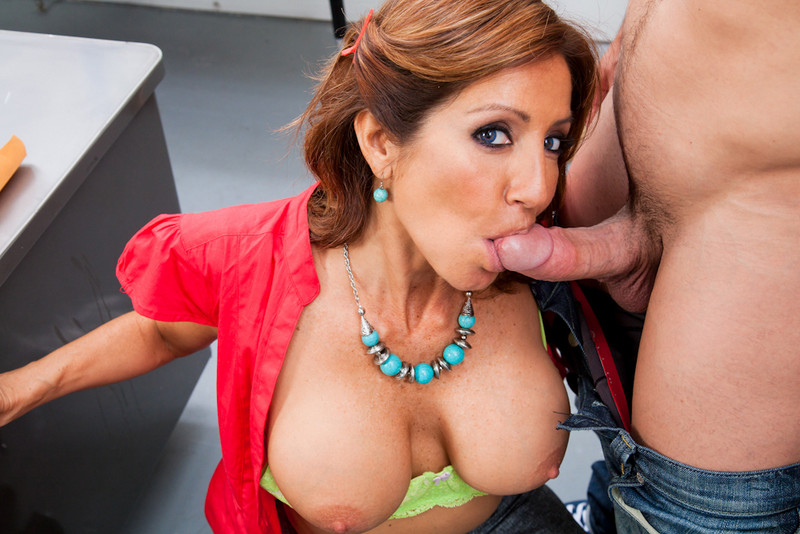 Hot milf miss holiday